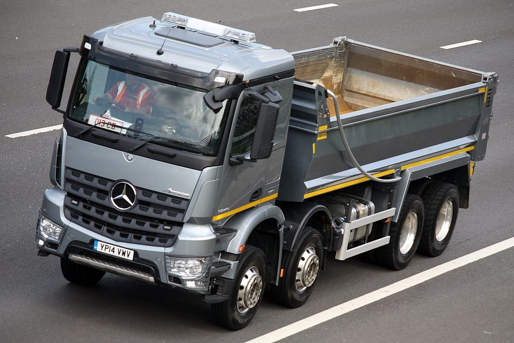 TC Truck of the Week runner up - Merc Arocs - 01.08.14
