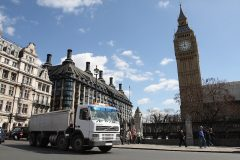 PM proposes rush-hour truck ban