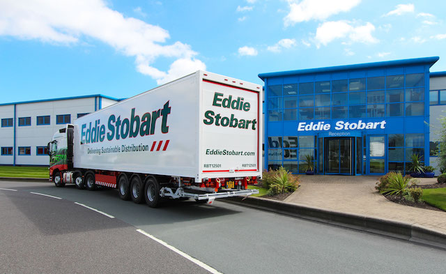 Stobart secures new specialist trailer fleet for online fulfilment ops
