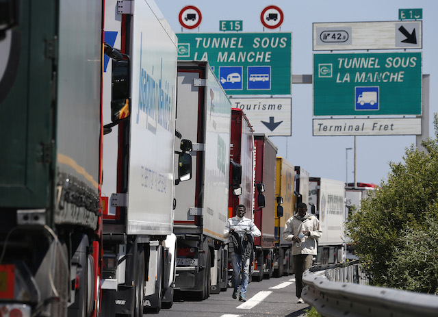 French truckers set to cause mayhem at Calais