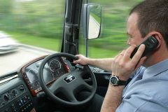 Tougher penalties for drivers caught using mobiles at the wheel